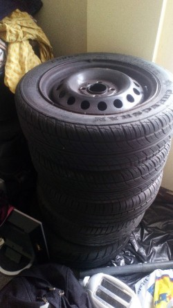 Nissan tyres and rings