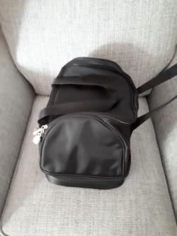 Beauticians bag.