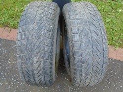 2 PART WORN TYRES With EXCELLENT TREAD SIZE 235/65 R17