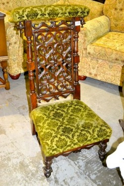 Antique oak  chair imaculate