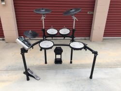 Roland TD-20S V-Pro Electronic Drum Set/Yamaha DTXtreme IIISP Special Electronic Drum Set