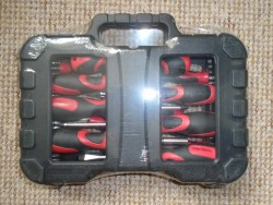 BRAND NEW, STILL SEALED, IS A 58 PIECE SCREWDRIVER AND BIT TOOL SET IN A CARRY CASE