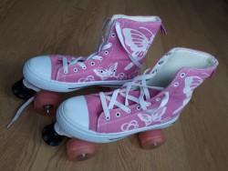 Roller quad skates