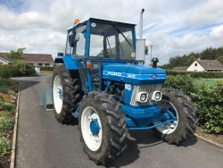 1983 Ford 4610 4WD Tractor
