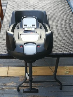 Besafe isofix car seat base