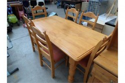 As new heavy pine table x 6 chairs