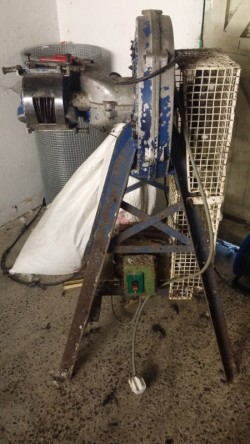 Bingham Poultry Equipment and Butchering Accessories
