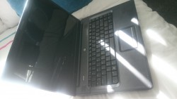 2 old laptops for sale