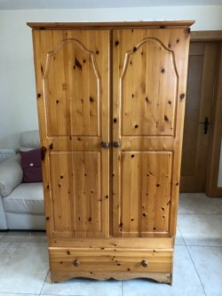 Pine double wardrobe with bottom drawer