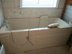 Champagne coloured Walkin Bath with powerseat
