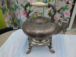 STUNNING SILVER PLATED SPIRIT KETTLE ON A STAND