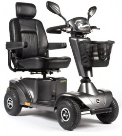 STERLING S425 MOBILITY SCOOTER(8MPH)