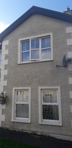 4 bedroom Semi detached house to let Burnfoot Co Donegal