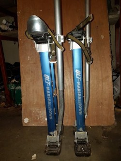 MARSHALLSTOWN PLASTERERS STILTS