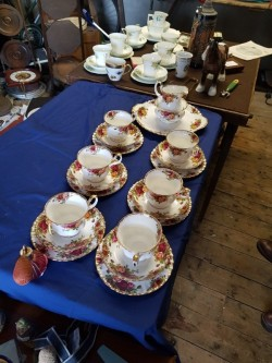 Old Country Rose Tea Set