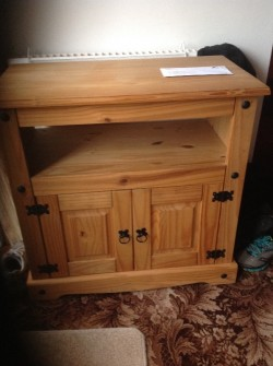 Mexican pine to cabinet and book case