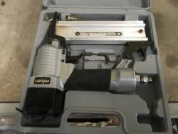 Air Nail /Staple Gun