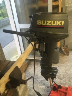Suzuki 15hp Outboard engine