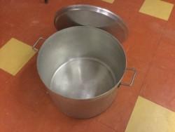 Large saucepans