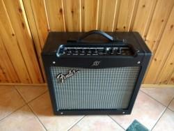Fender Mustang 2 40 Watt Electric Guitar Amplifier -Unused as NEW!