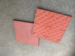 Rubber safety flooring tiles