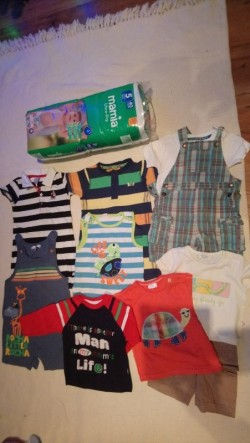 Pack of 40 Nappies, Baby suits from big brands (9 to 12 months)