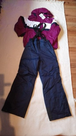 New Skiing suit( jacket and trousers set): 13-14 yrs girl