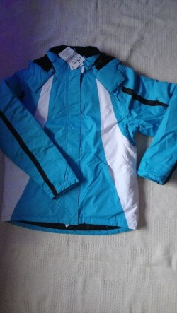 New Skiing suit( jacket & trousers set): 13-14 yrs Unisex