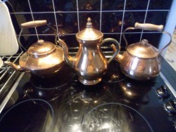 Copper Effect Kettles/Teapots.