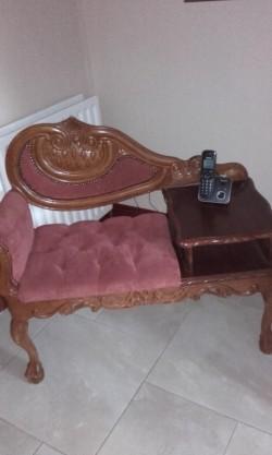 Phone seat