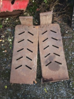 Massey ferguson 135 footplates