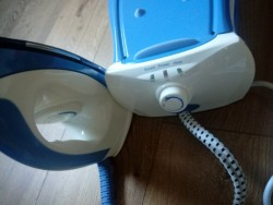 steam iron new + unused