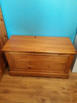 pine blanket box for sale