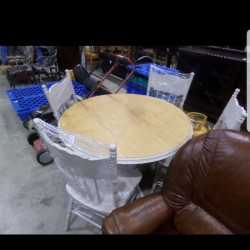 As new round table x 4 solid chairs