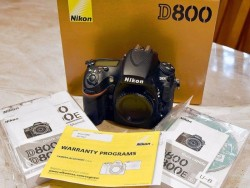 Nikon D800 Camera Body Usa Mint Factory Retail Box.