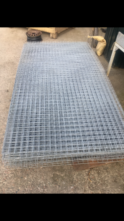 GALVANISED WIRE MESH SHEETS - 8FT BY 4FT