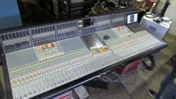 SSL C100 HDS 48 Faders/PIONEER DJM-1000/Pioneer SVM1000 Mixer