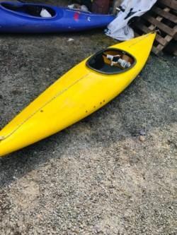 4 Kayaks