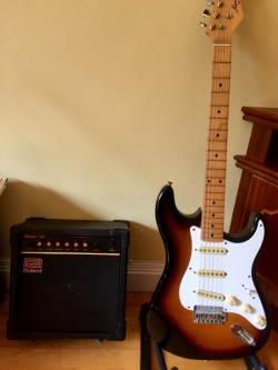 Vintage Roland Amp DAC10 and Harmony Strat Copy