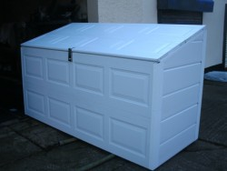 caravan lockbox shed