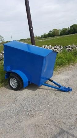 Single axle trailer 5ft6 x 3ft1 3ft6 high