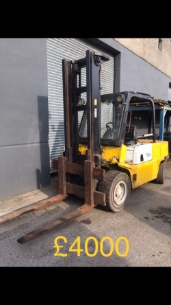 SELECTION OF FORKLIFTS FOR SALE