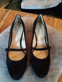 Brand new unused ladies shoes