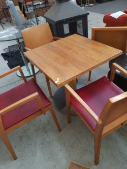 Solid oak table and 4 oak solid chairs