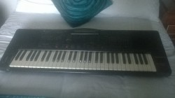 Technics KN1000 PCM Keyboard.