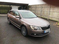 Skoda Superb Estate 4x4 Laurin and Klement 2014 manual