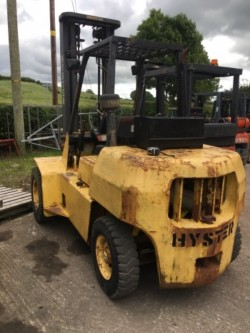 VARIETY OF FORKLIFTS FOR SALE