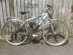 Raleigh Pioneer metro GTE Gents Aluminium bicycle 21'' frame, 28'' 700c wheels