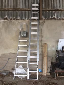 Roofing ladder plus steps
