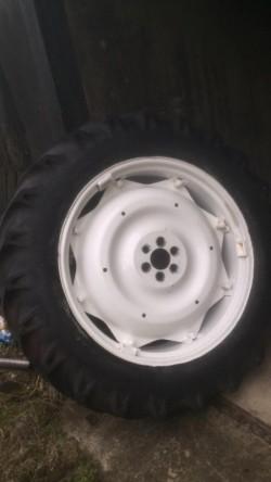 Ford 4000 back wheels six stud